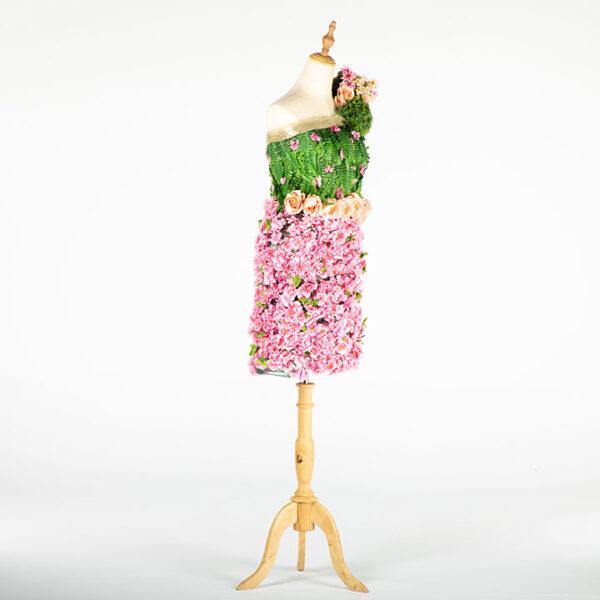 de032 mannequin fleuri rose location large