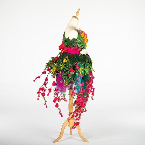 de033 mannequin fleuri bouquet location design