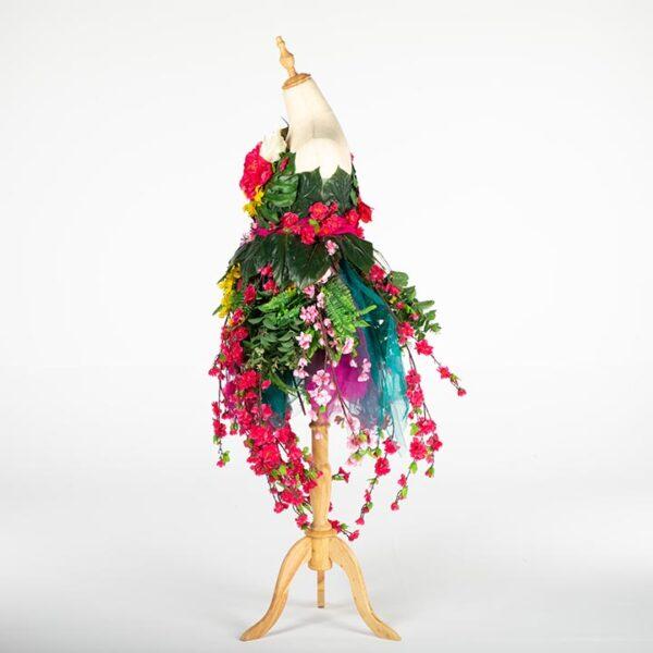de033 mannequin fleuri bouquet location large